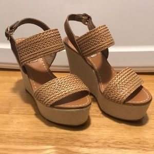 Steve Madden Wedge Sandals - Excellent Condition